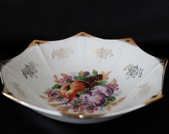 Vintage Trimont Ware Japan  Accent Bowl, Fruit Design