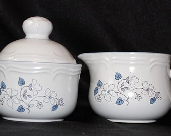Covington Edition Avondale Creamer and Sugar Set, Two Piece Set