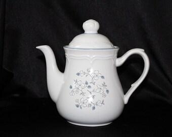 Covington Edition Avondale 8 Cup Coffee Pot