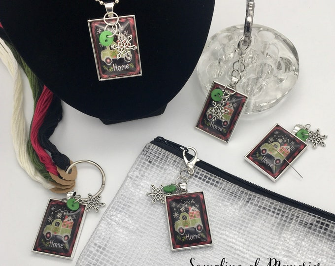 Exclusive - Gingham Greetings Priscilla & Chelsea Stitching w/Housewives Thread Keep - Scissor Fob - Needleminder - Zipper Pull - Necklace