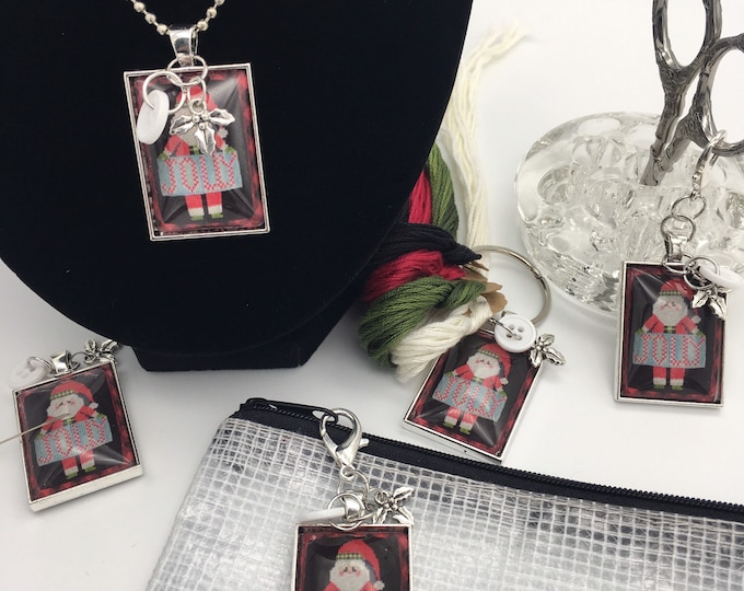 Exclusive - Jolly - Priscilla & Chelsea of Stitching w/Housewives  Thread Keep - Scissor Fob - Needleminder - Zipper Pull - Necklace