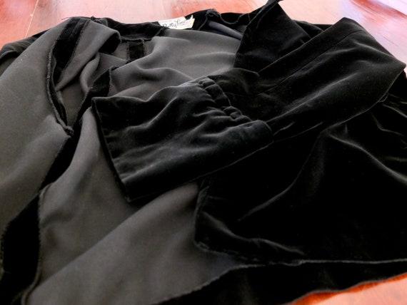 Black velvet jacket / vintage velvet jacket / 195… - image 7
