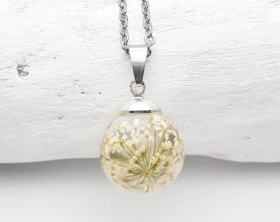 Small ball Necklace white flowers queen anne's lace resin and silver steel chain hypoallergenic//Natural Jewelry//Botanical Sphere Orb