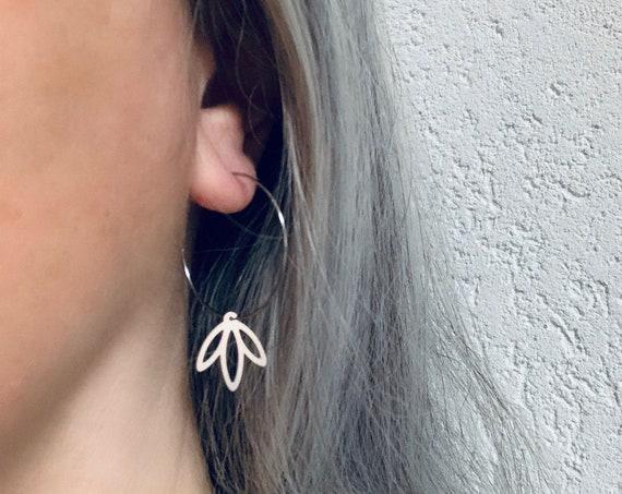 Silver Hoops Earrings LEAVES stainless steel