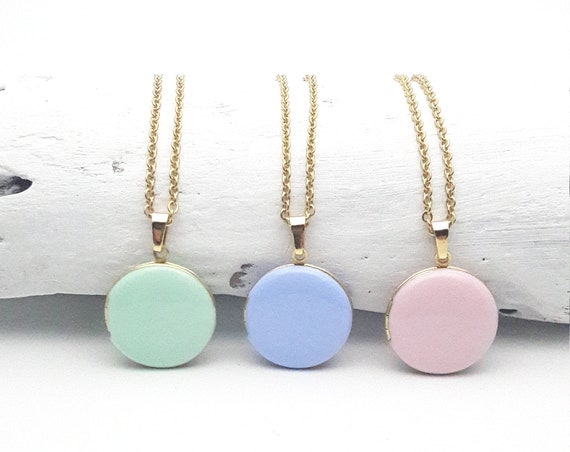 Short Round Photo Locket Enamel Necklace gold surgical steel chain hypoallergenic pastel color soft pink, mint, lavender blue