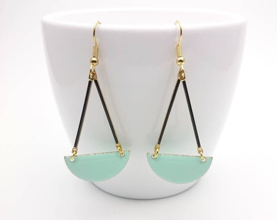 Long Earrings Pastel Mint Green and Black Enamel semicircle gold color stainless steel earwires hypoallergenic//Mint Dangle Earrings