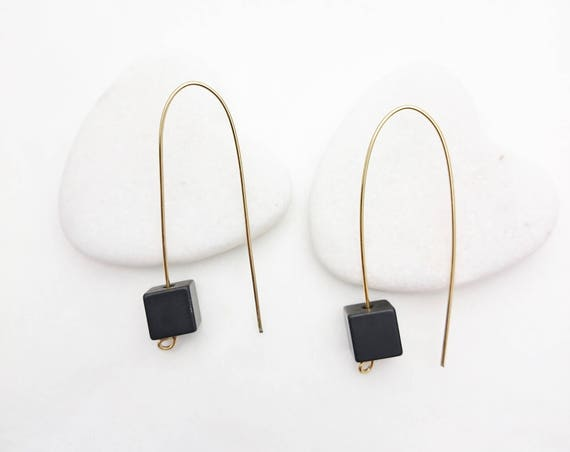 Long Gold Black Geometric Cube Pendants Earrings//Aluminium anodized black cube dangle earrings gold steel earwires//Modern Black Dangle