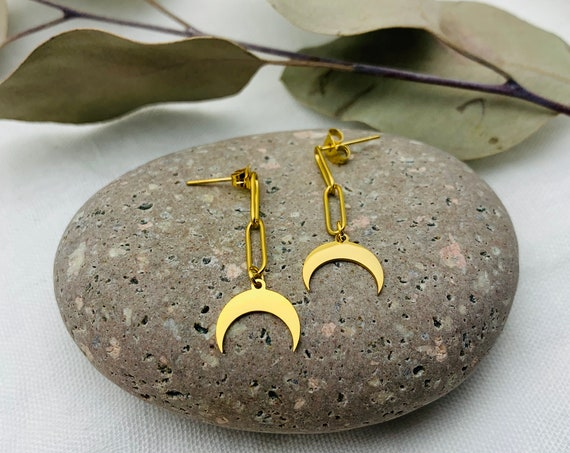 Crescent Earrings 18k gold plated stainless steel