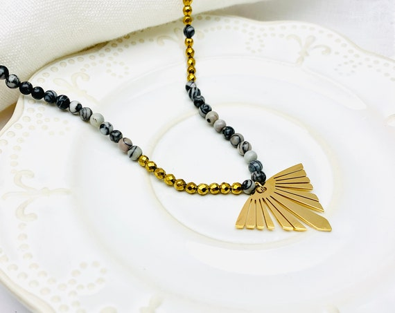 Necklace Gold Fan & Pearls 18k gold plated stainless steel, beaded long boho statement necklace