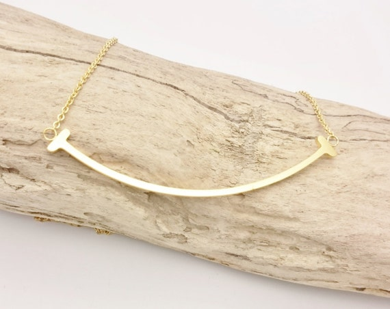 Gold Curved Bar Necklace stainless steel//Minimalist gold smile bar necklace//Smile necklace 18k gold plated on stainless steel