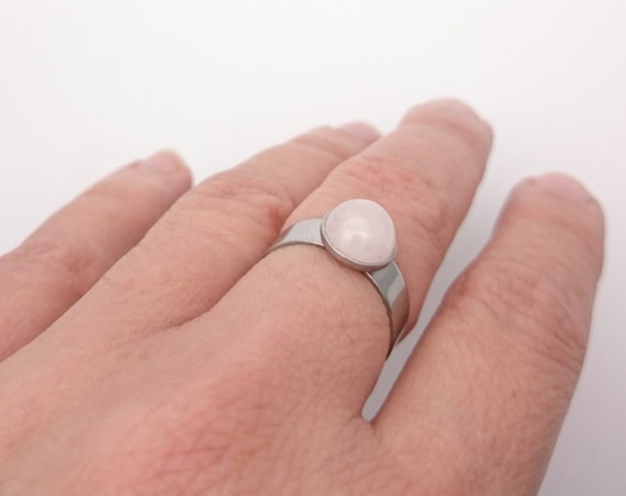 Rose quartz ring round silver steel adjustable