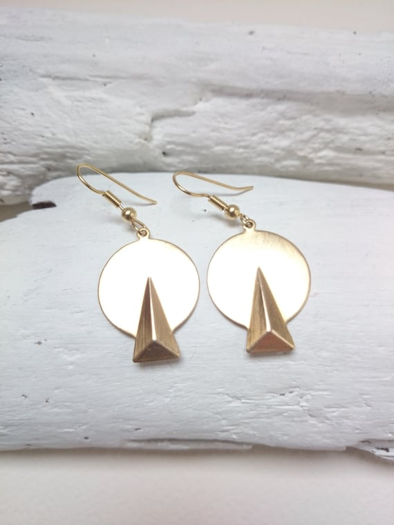 Gold Triangle Circle Geometric Earrings / Gold brass Dangle round earrings / Hypoallergenic disc art deco gold retro vintage earrings