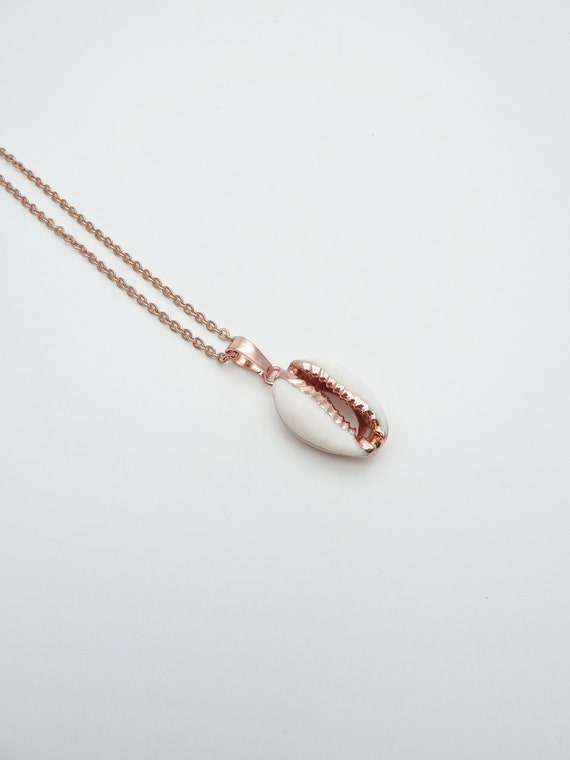 Cowrie necklace//White Shell rose gold plated necklace//Cowrie Natural Sea Shell Necklace//Real seashell rose gold plated edge necklace