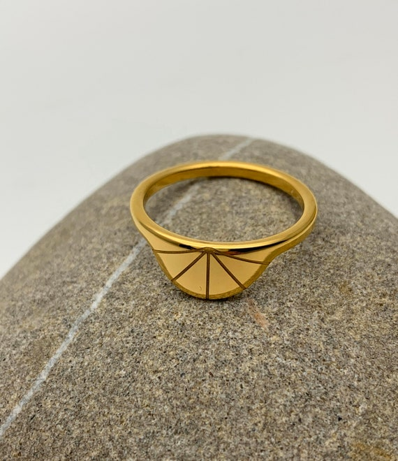 Gold Ring Sun Rays geometric semicircle 18k gold plated stainless steel