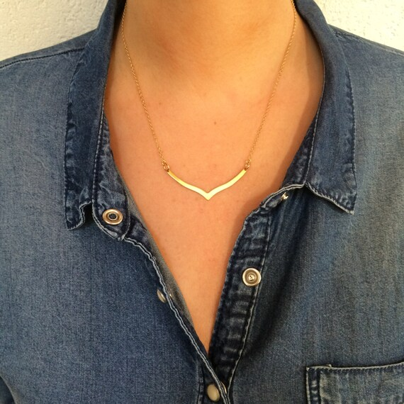Gold Chevron Necklace//Geometric Minimalist Necklace gold color stainless steel chain Raw Brass Pendant Curve//Short gold color V necklace