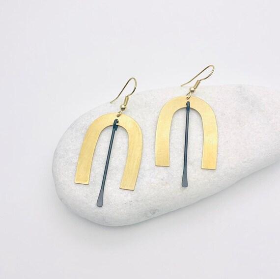 Gold Black Earrings U shape, brushed brass arc and oxidized brass bar pendants with steel hooks
