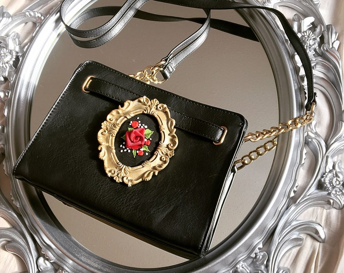 SOLD OUT Scarlett Purse