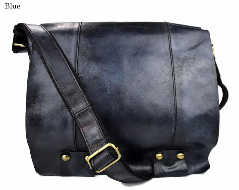 d0c841d4637 Bolso de cuero bandolera de piel azul bolso vintage espalda