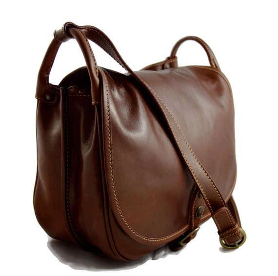 Sacoche femme sacoche brun de cuir sac femme sacoche besace   Etsy 4dcd15f1fb9e