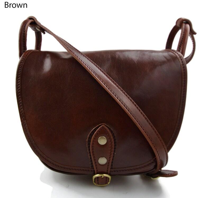 48827fcb4 Bolso de mujer de piel bandolera de cuero bolso de espalda de | Etsy