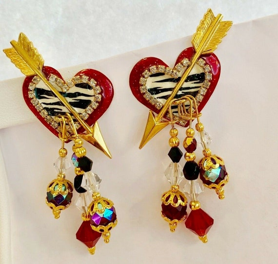 Lunch at the Ritz Signed Heart Knosh Dangling Clip
