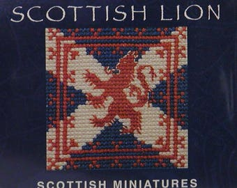 Scottish Lion Miniature Card Kit in Counted Cross Stitch. Complete Kit with card and envelope. 9cm square.  18 count Aida, stranded cotton