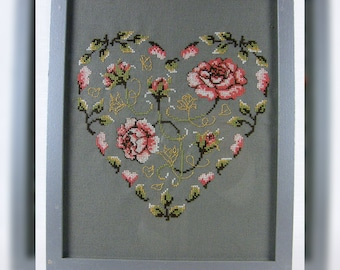Rose Heart, counted cross stitch chart, Roses in a Heart shape.