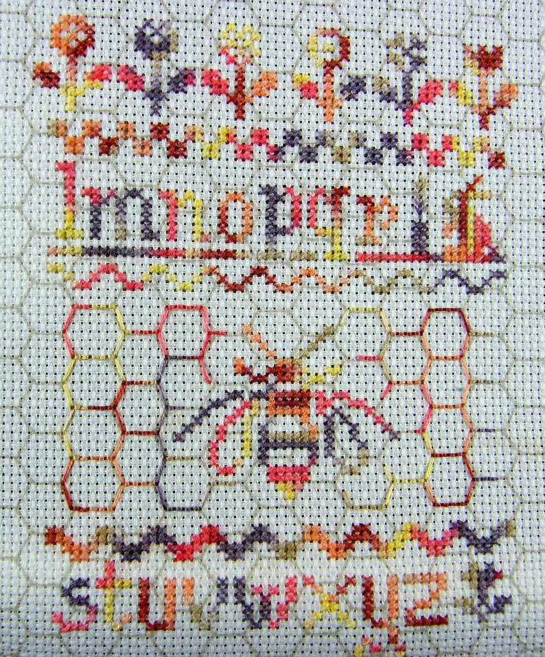 ABeeC – counted cross stitch chart  Monochrome design or hand dyed thread   French or English instructions  Alphabet Sampler  Bee Design