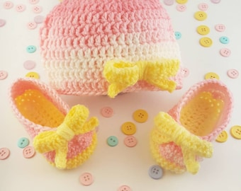 Pink Lemonade Baby Bootie and Hat set/ Babyshower Gift/ Baby Shoes/ Handmade gift/ Crochet Baby Bootie with bows/ Photo Prop