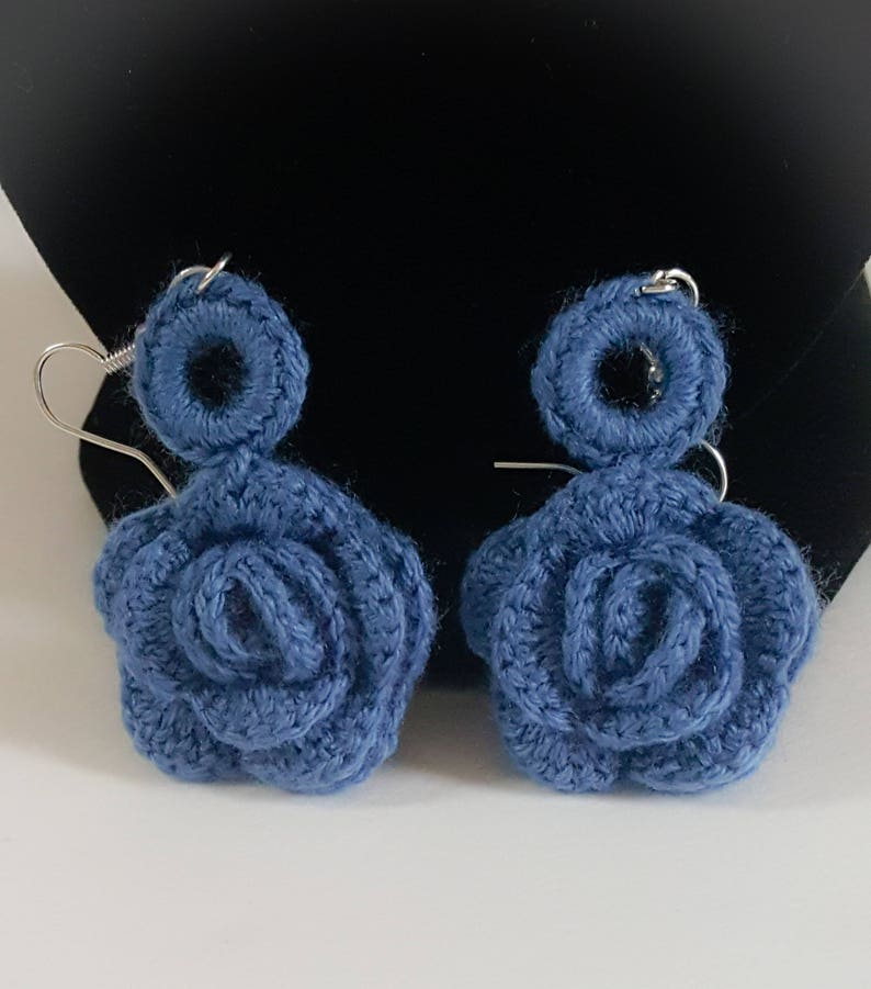 Blue Crochet Rose Necklace and Earing Set Handmade Jewelry Summer Accessories Floral Jewelry