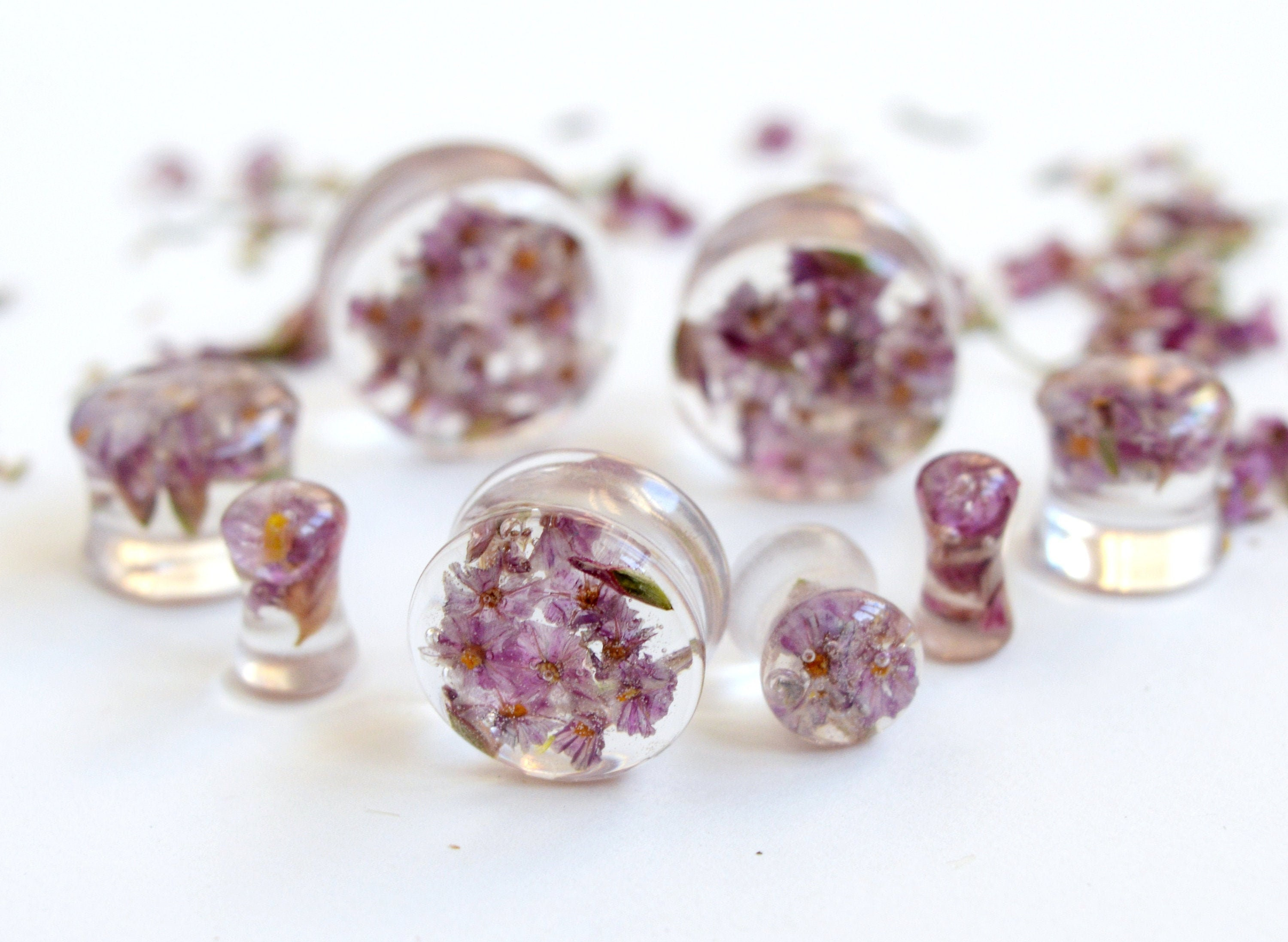 1 x BLACK ACRYLIC EAR FLESH STRETCHING TUNNEL WITH RESIN SET CRYSTALS ~ PINK