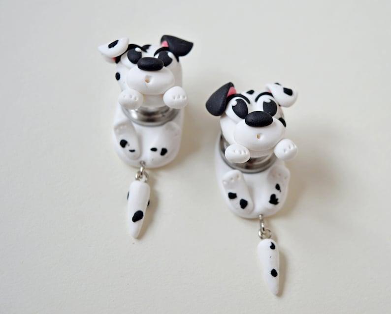 Dalmatian dog ear plugs dogs ear gauges Animal dangling gauges 16g 12g 8g 6g 4g 2g 0g 00g 12 916 58 34 1316 Ear stretcher ear hangers