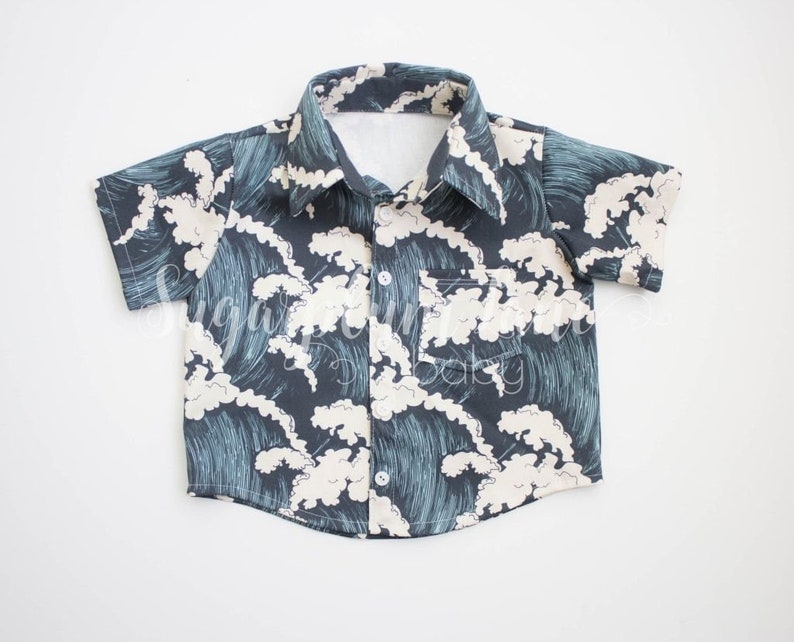 Wave button up