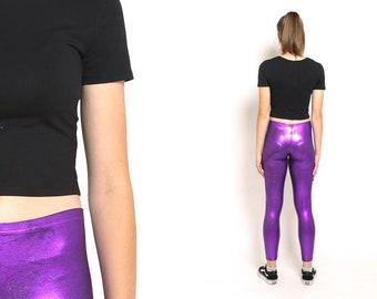années 1980 violet Leggings – années 80 Disco Violet brillant Slim haute  cintrée Grunge des années 70 pantalon Madonna Boho Spandex Leggings taille  S M 29c8ccc601e