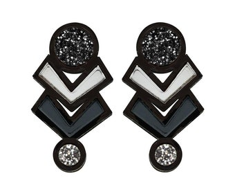 Amulet stud earrings