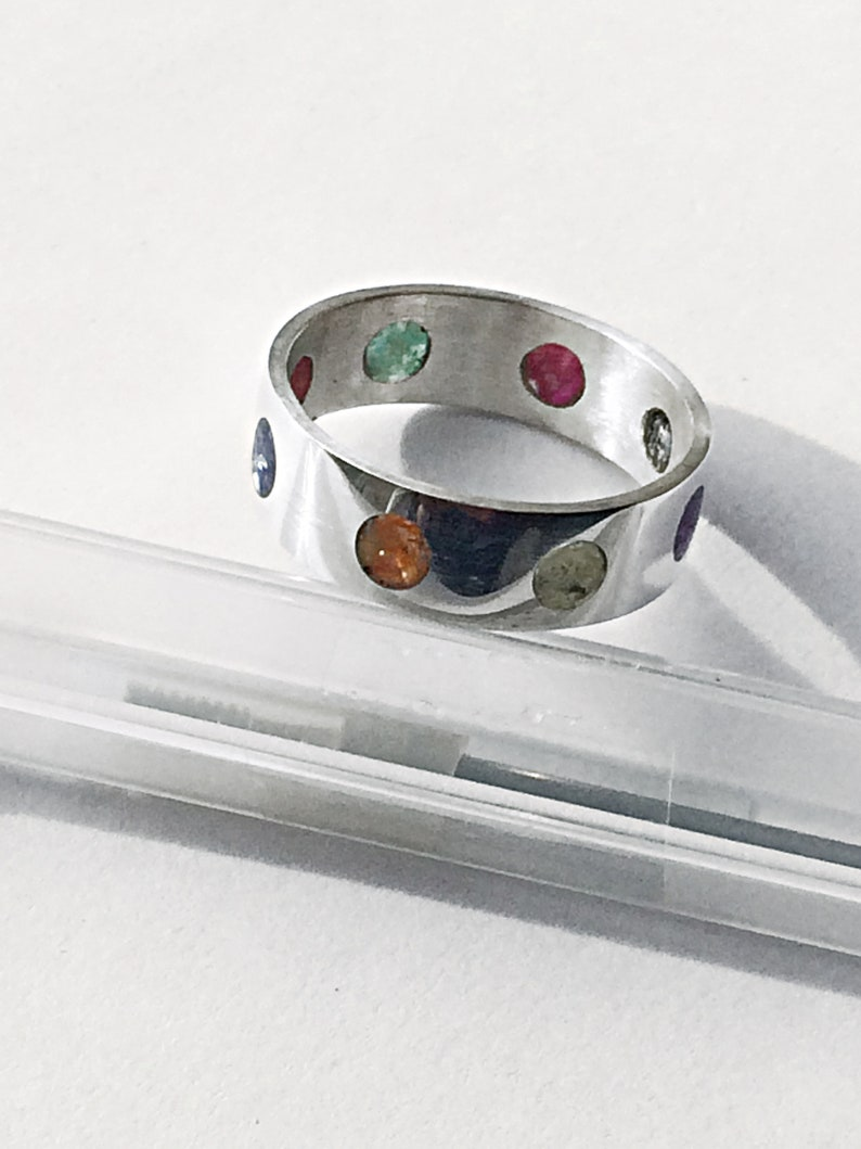 Stunning Unusual Rainbow Crushed Shell Inlay Dots Ring