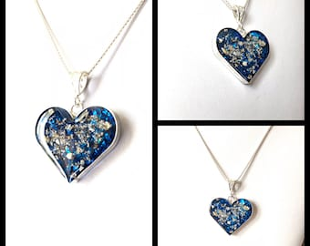 Pet Cremation Ashes Memorial Heart in Sterling Silver. Vibrant Colours Resin Heart with Floating Ashes