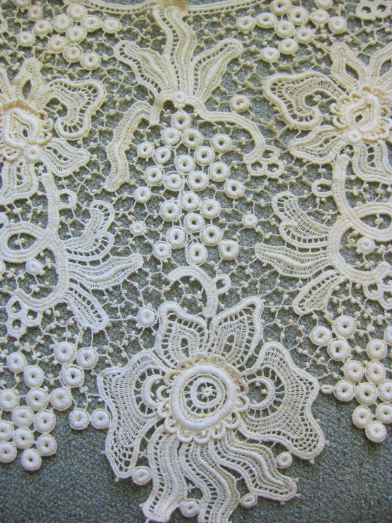 Victorian Wide Lace Collar, Vintage - image 7
