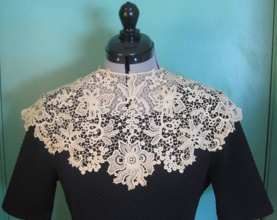 Victorian Wide Lace Collar, Vintage - image 1