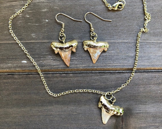 Shark Tooth Jewelry Set