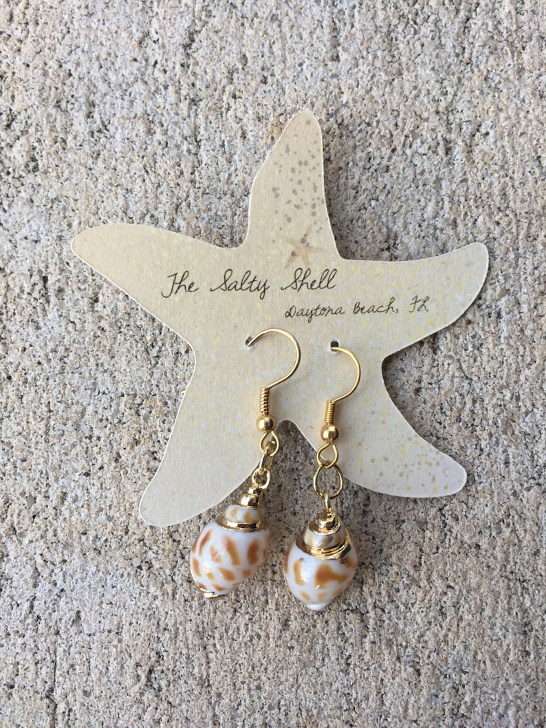 Small Shell Earrings Gift Mom Mothers Day Gift Beach image 0