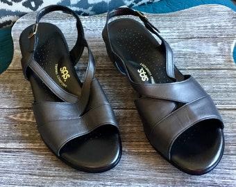 Like New SAS Comfort Shoes Sz. 10