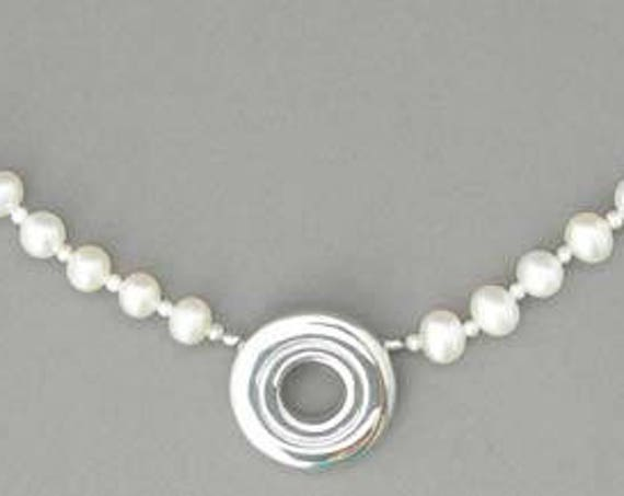 Open Hole Key on 4mm Pearl Necklace