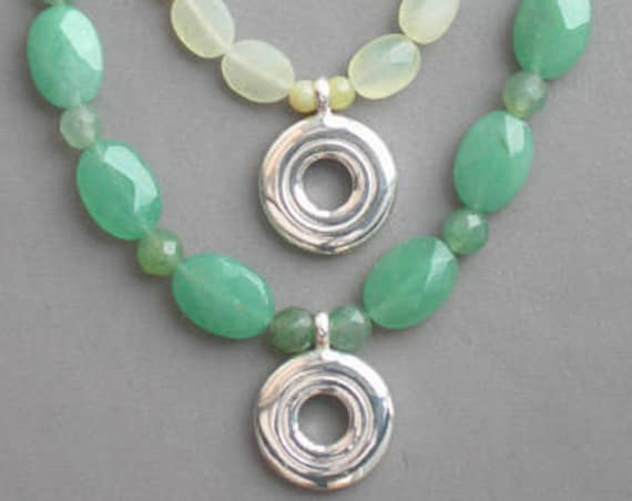 Open Hole Flute Key Necklace on Jade