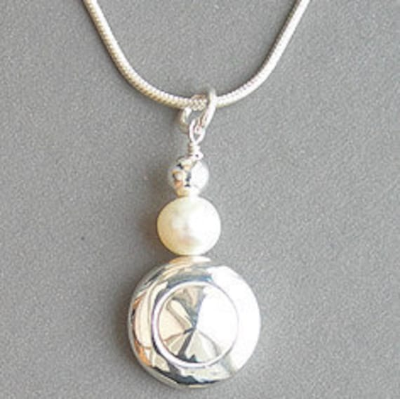 Tiny Trill Flute Key Pendant with a Single Pearl