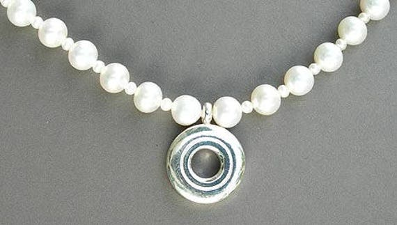 Open Hole Flute Key on 6.5mm White Fresh Water Pearls Necklace