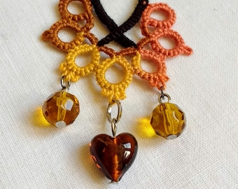 Boho Necklace - Tatted Lace - Upcycled - Hippie Fashion - Autumn Colours - Heart Shaped Glass Bead  - Frivolite Lace - Chiacchierino - OOAK