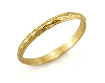 14k Gold thin wedding band ring with a geometric texture - Gold wedding ring- Free Shipping