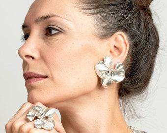 Large Lily Flower Earrings, Silver Clip On Earrings, Lightweight Evening Earrings, Huge Fashion Earrings, Wide Earrings, Chunky Earrings