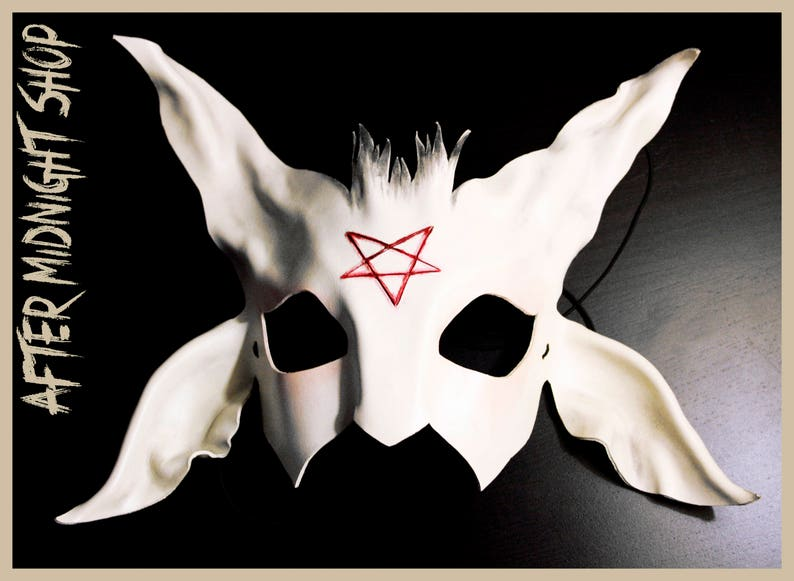 White baphomet leather mask satan devil demon goat blood pentacle cosplay costume masquerade horror macabre pagan gothic halloween fetish